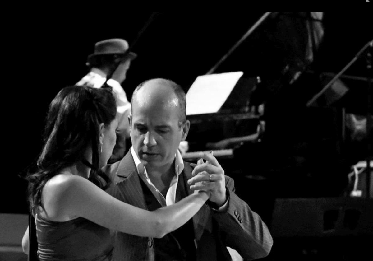Horacio Contact Tango